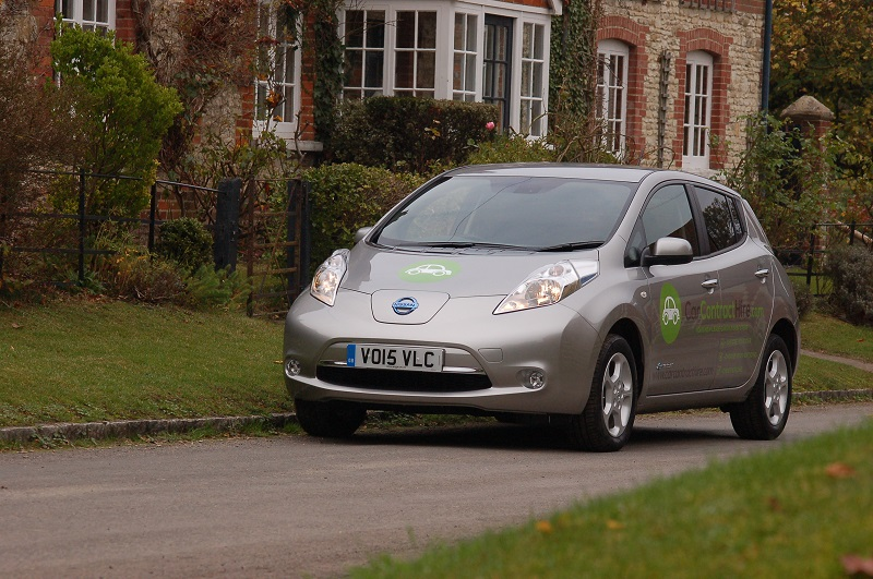 Thinking about leasing an electric car? Here's our quick guide to what to expect and what you should consider before you plug in.