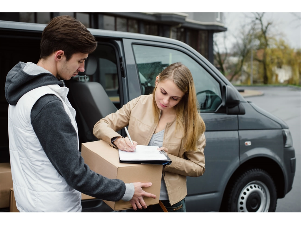Looking to sign write your van? Read our advice first.