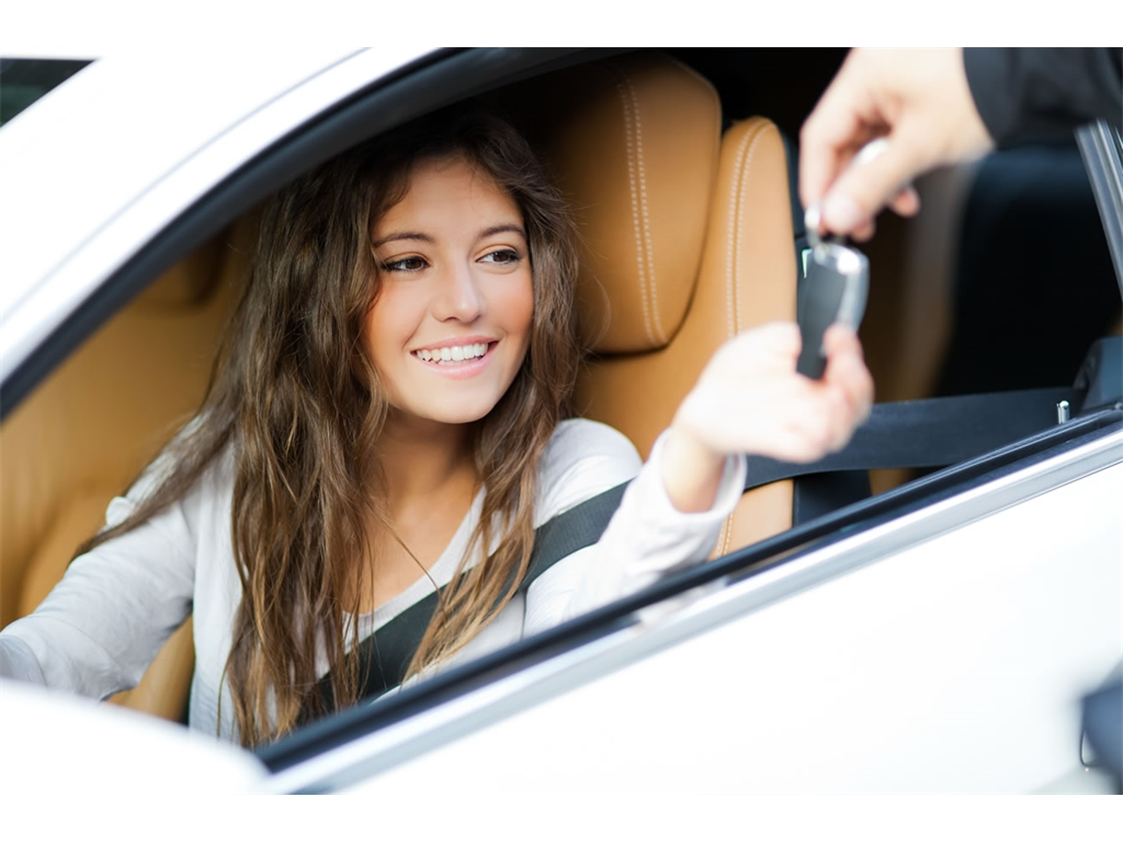 What are the benefits of leasing for young drivers?