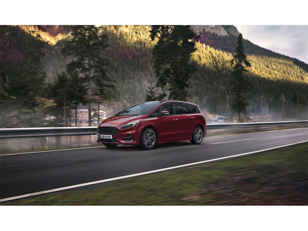 What is the difference between a hybrid and a plug-in hybrid vehicle?